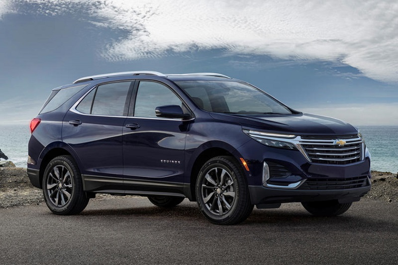 If You Were Happy About The Arrival Of The Redesigned 2021 Chevy Equinox We Have To Disappoint You The Crossover Is Postp Chevy Equinox Chevy Crossover Chevy