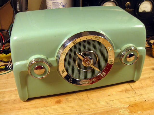 1950 Crosley 10 139 Vintage Radio Repair Rain City Audio Vintage Radio Antique Radio Retro Radios