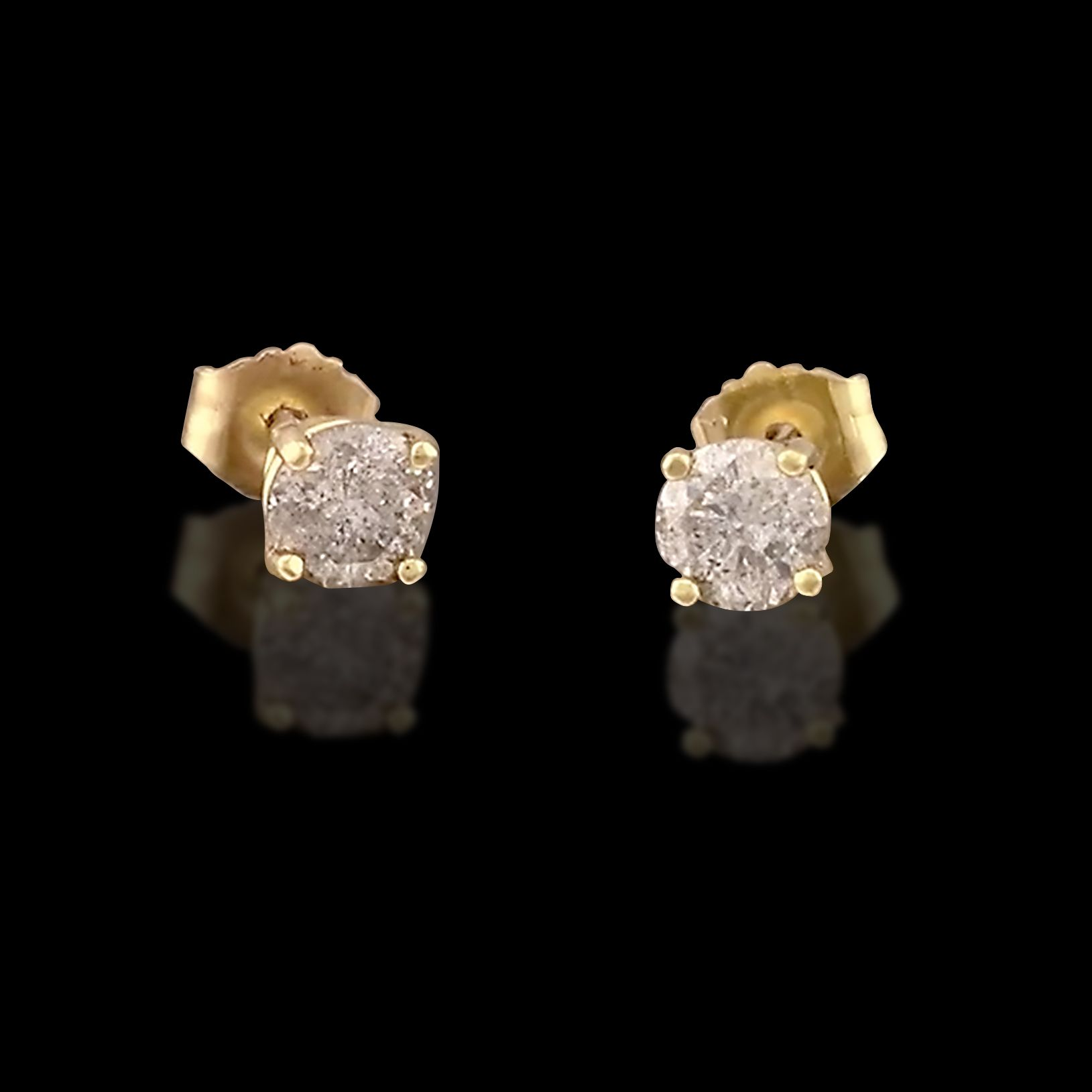 0 75ct tw Round Brilliant Cut Diamond Stud Earrings