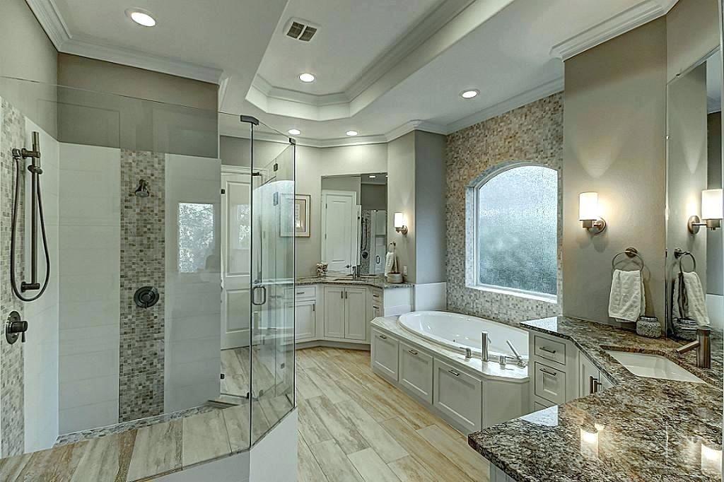 His And Her Bathroom Decor In 2020 Bathroom Design Luxury Bathroom Inspiration Modern Bathroom Design
