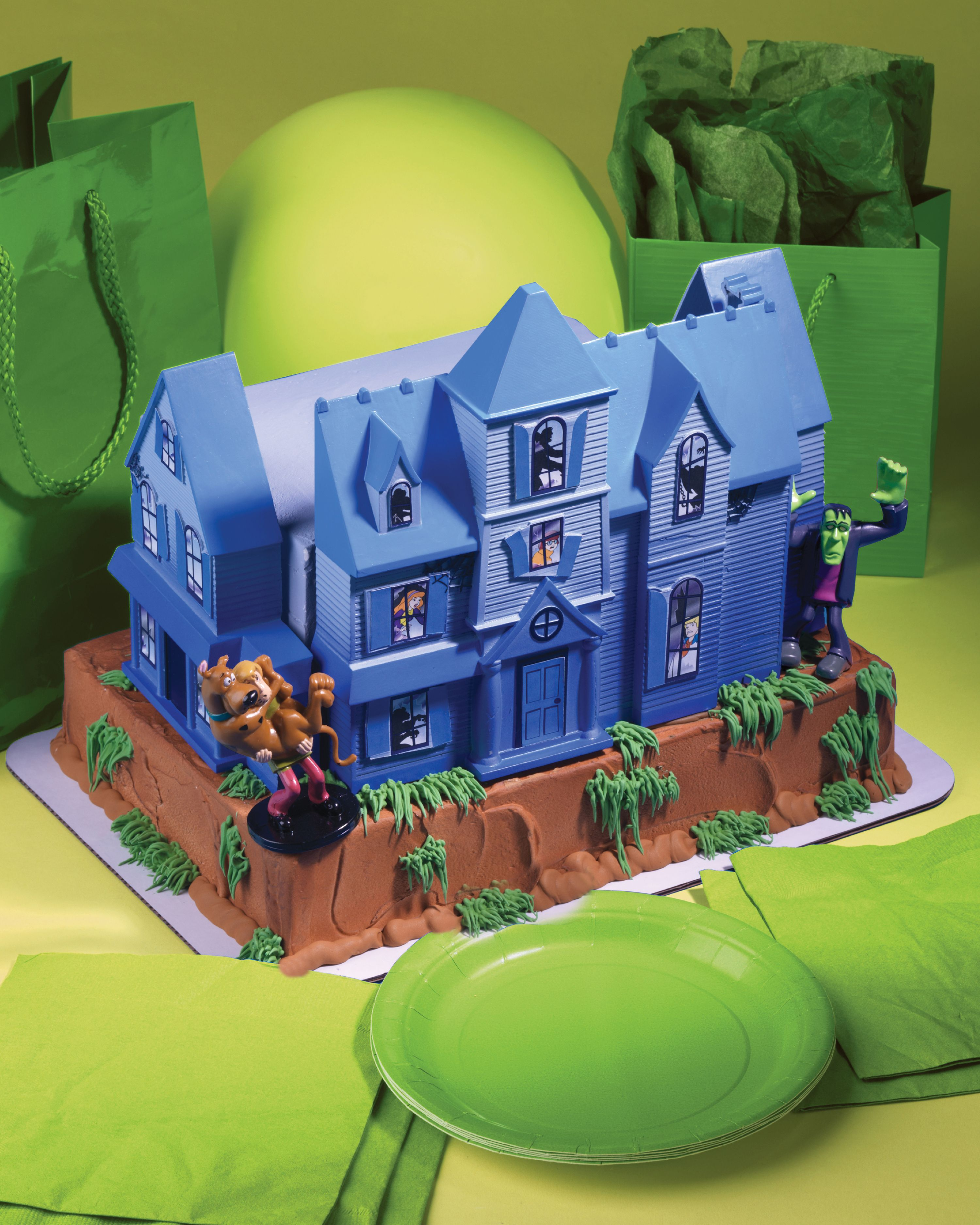 Create an extravagant cake with this Scooby-Doo cake ...