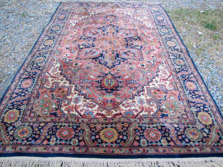 Vintage Karastan Rug Heriz Design 52 By 72 Rr2641