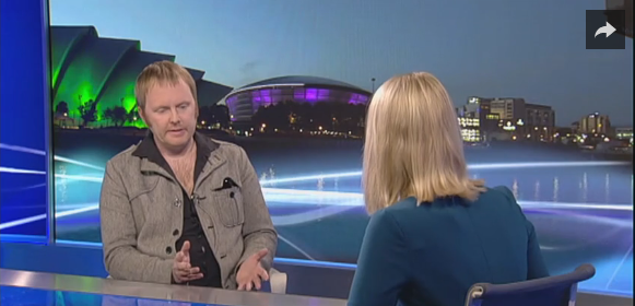 Outlander Onset Gaelic Consultant Àdhamh Ó Broin visits STV. Interesting but I couldn't disagree more about whether you can pronounce gaelic both ways. Naw - ye cannae.