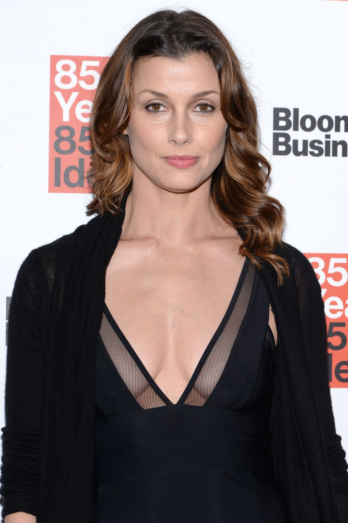 Bridget Moynahan Nude Photos 40