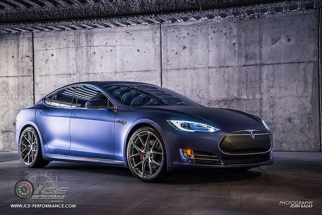 Tesla Model S With Hre P101 In Brushed Dark Clear From Ice Performance Tires And Wheels Photo By John Bazay 6 Tesla Model S Tesla Model Performance Tyres