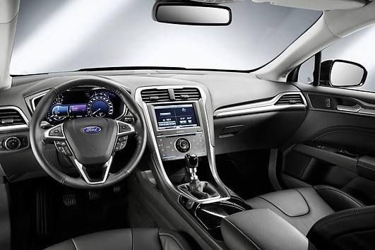 ford mondeo interior 2014