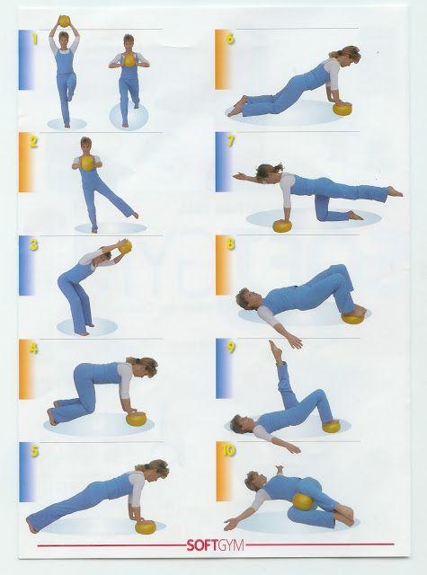 Clase pilates con pelota pequena