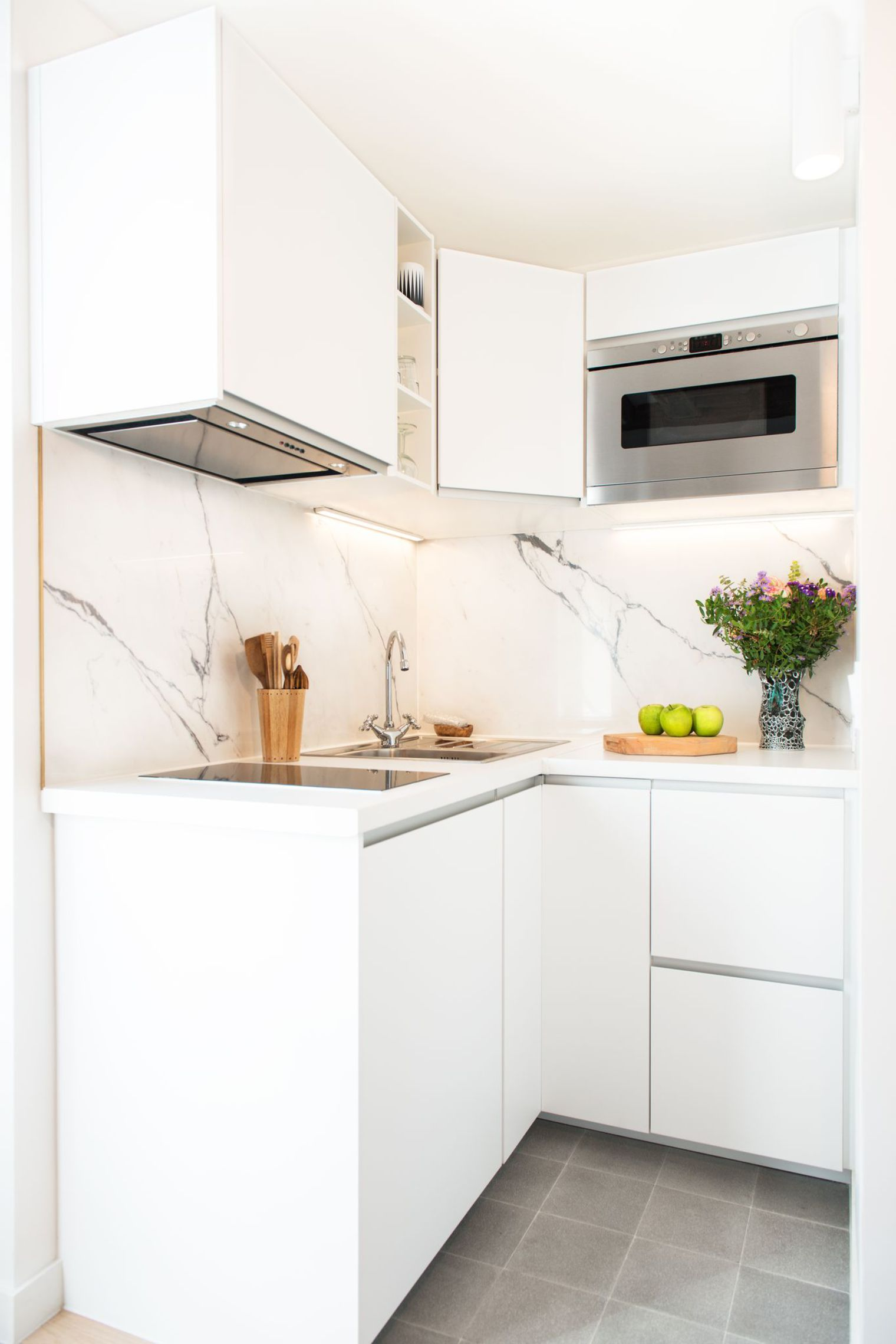 50 Best Small Kitchen Ideas and Designs for 2016 | Spaces, Bright ...