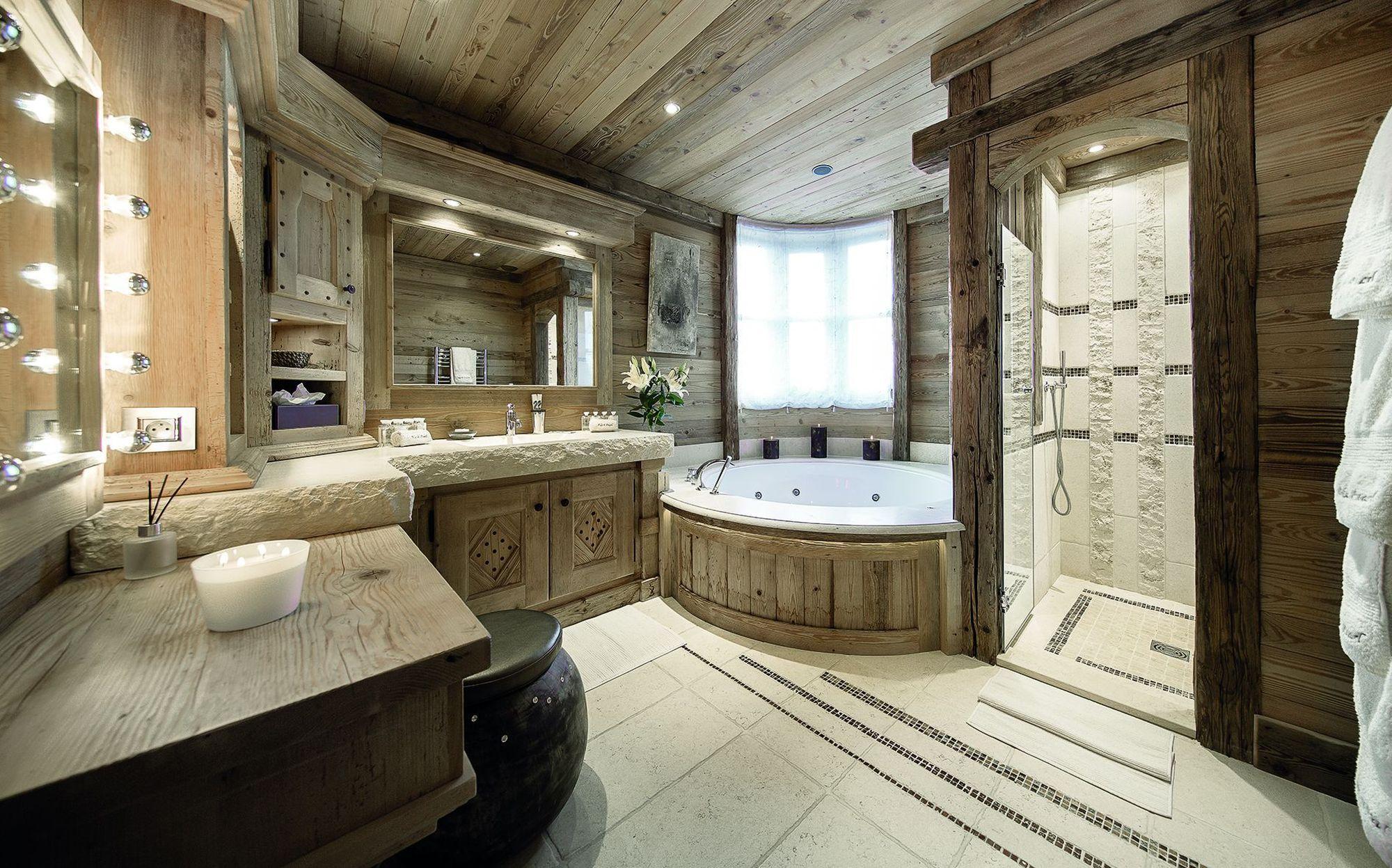 En plus de son espace salle de bain ultra cosy le chalet Black