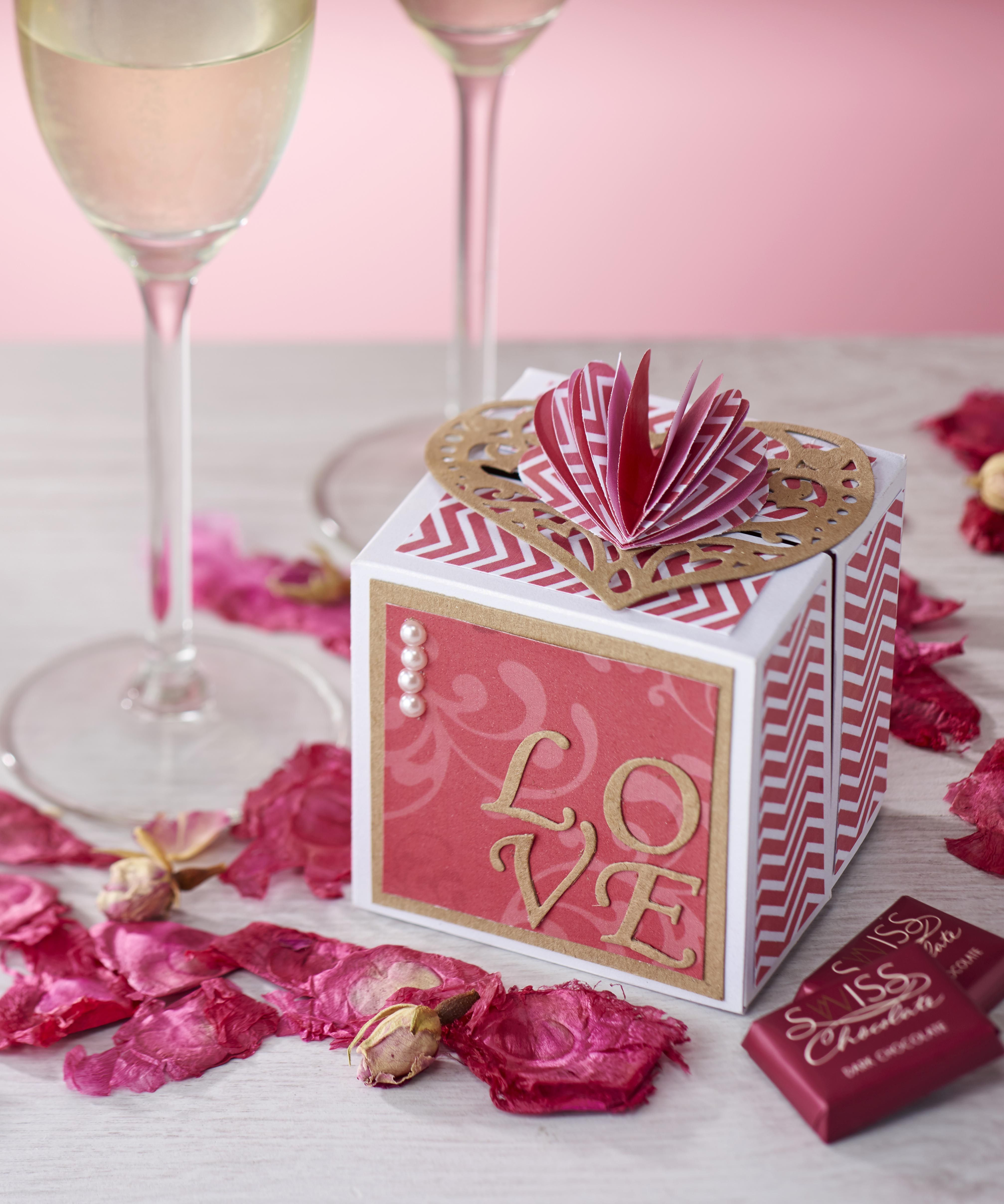 Valentine S Gift Box From Papercraft Inspirations Valentines