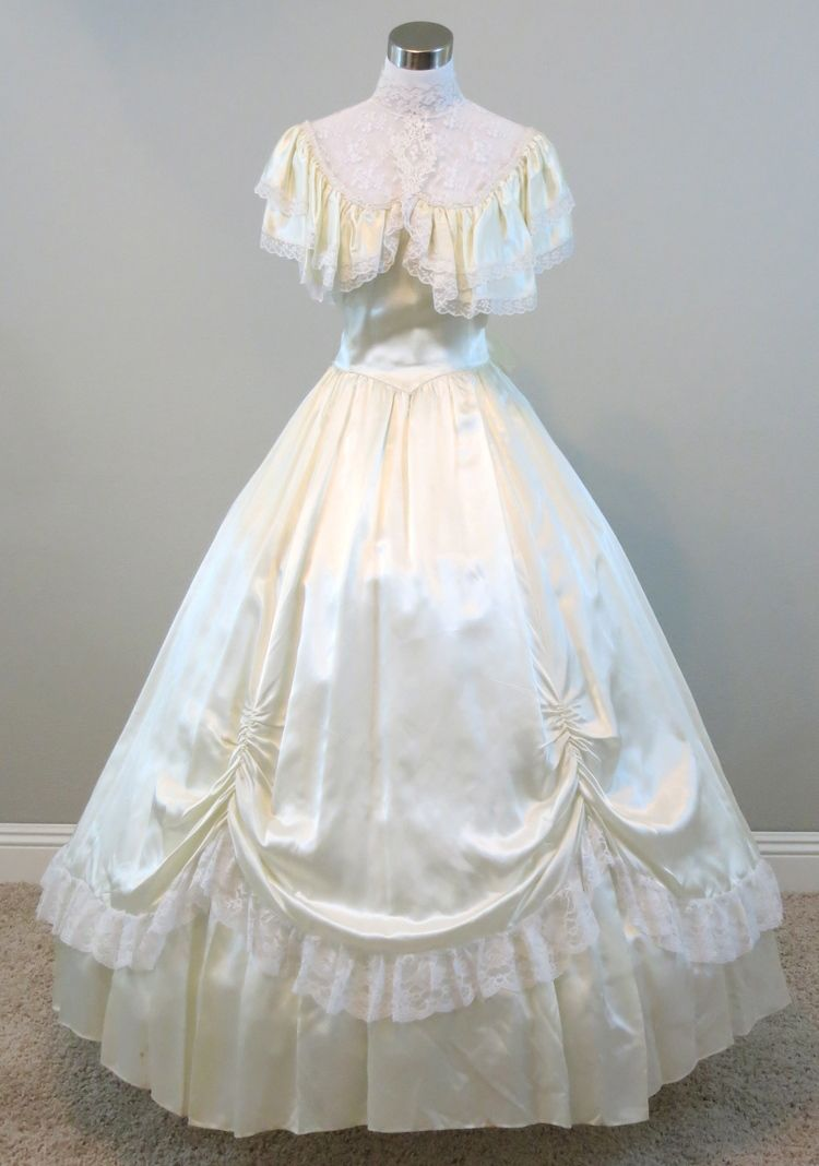 Click to buy ucuc ivory ball gown civil war costume renaissance dress