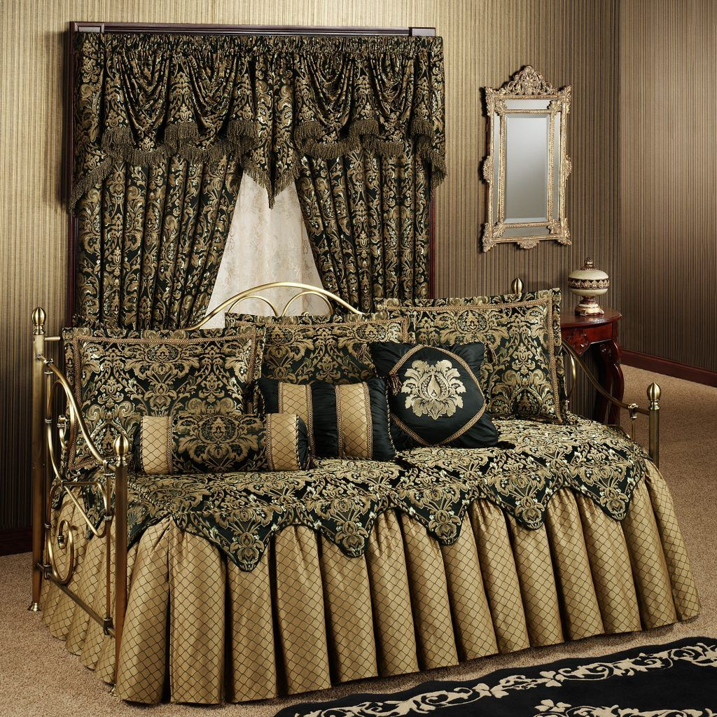 luxurious fitted daybed covers with pillows and curtains ...