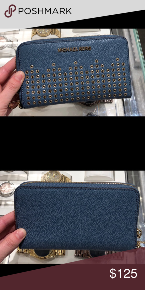 5afd8c3169bb Michael kors Hayes flat wallet phone case wristlet From MICHAEL Michael  Kors HAYES collection, this