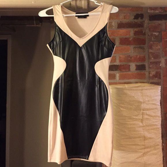 Bodycon dress Black and nude bodycon dress. Nasty Gal Dresses Mini
