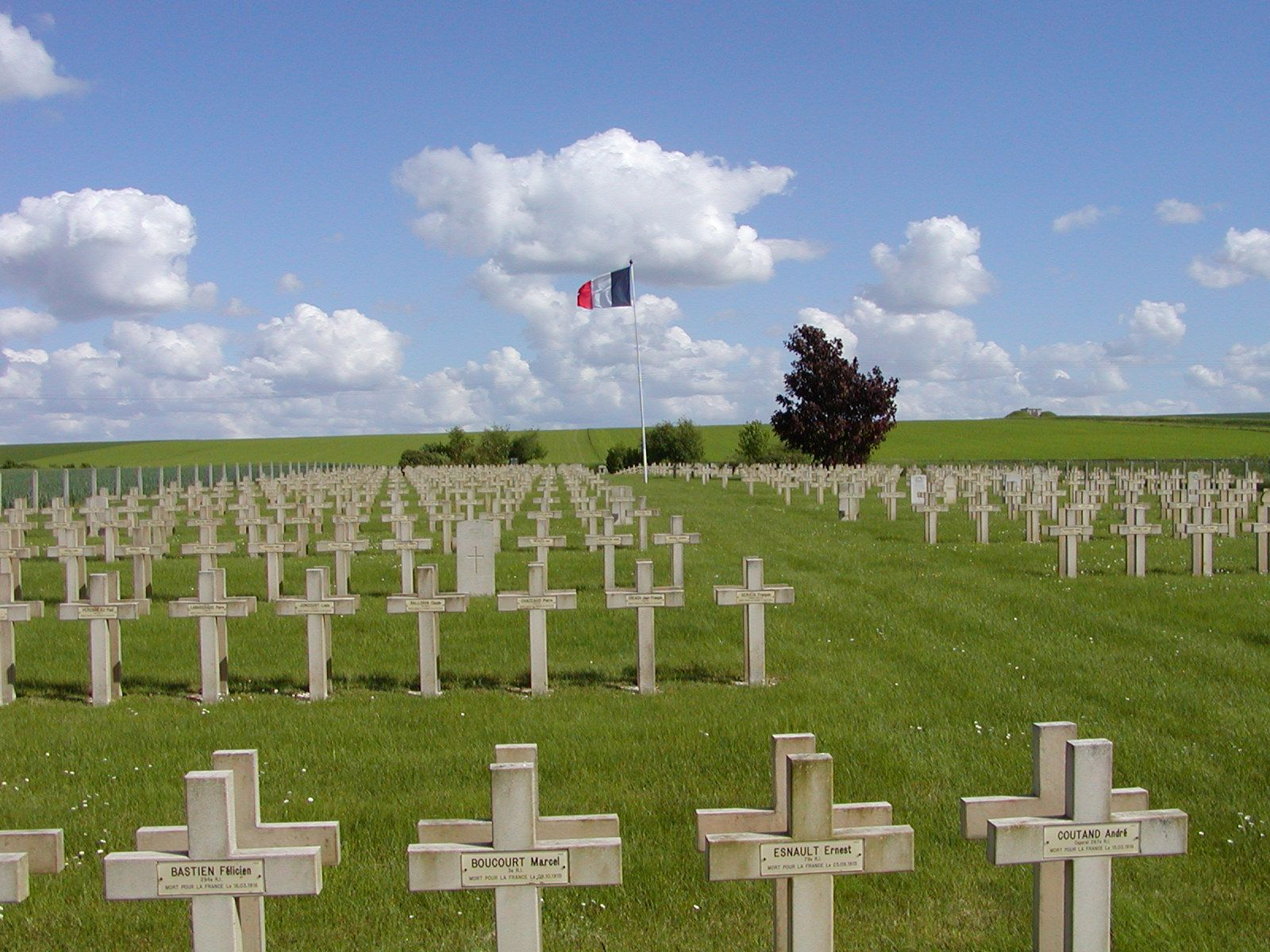 In A Small Back Area Of North Eastern France We Found This Small Cemetery Commemorating The Fallen French Soldiers Of Wwi Photo By J Wwi Commemoration Soldier