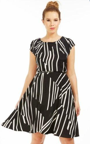 Plus size dress up to UK size 26 robe grande taille disponible jusqu au 54  pour 41,99€  plussize  bree  warren  scarlett 71438470d449