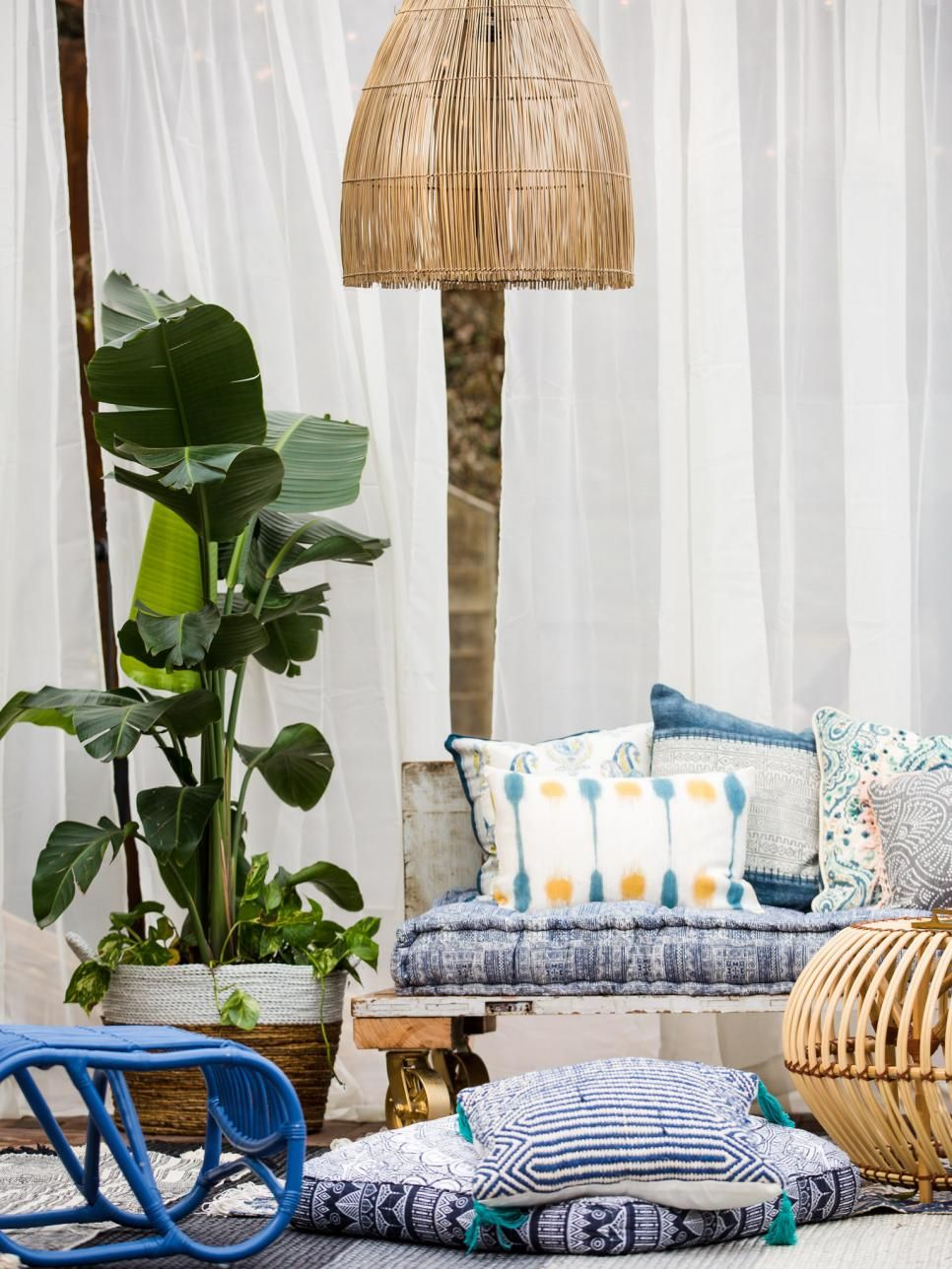 15 Small Patio Decorating Ideas   Small patio, Oasis and Patios