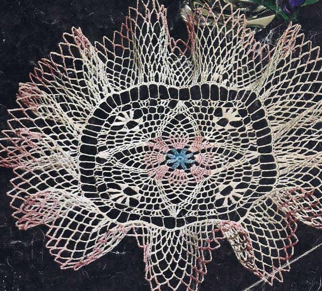 Patrón #990: Centro de Mesa con Volante a Crochet #ctejidas http ...