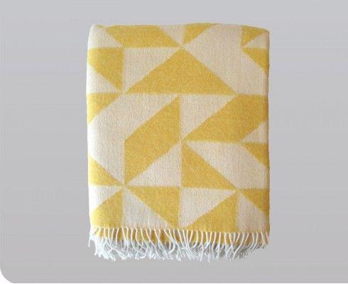 Gretel Twist A Twill Blanket In Yellow テキスタイル ブランケット インテリア