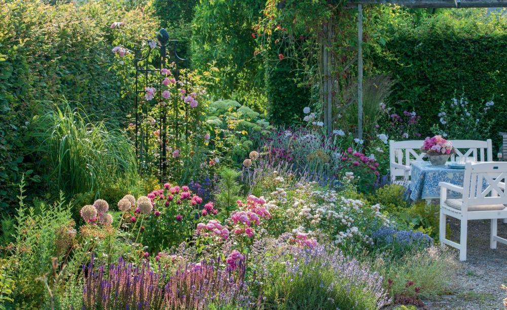 Sitzplatz Im Garten Google Suche Garten Sitzplatz Im Garten Vorgarten