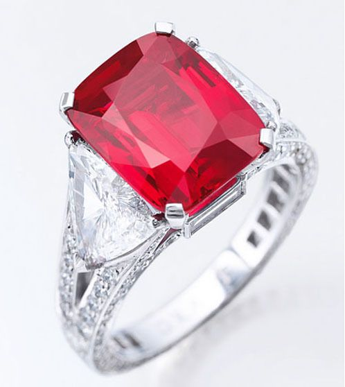 Sunrise Ruby Poised To Break Price Record At Sotheby S Geneva Gem Should Fetch 12m To 18m Jewelry Ruby Jewelry Jewelry Auction