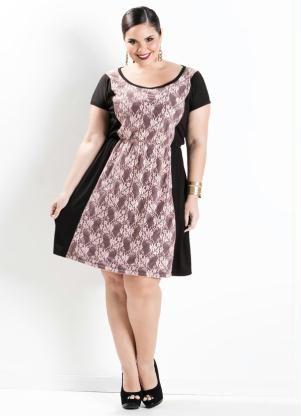 Vestido Recorte em Renda (Preto e Rosa) Plus Size em helanca. Mangas curtas  com decote redondo f1ec9daad5a33