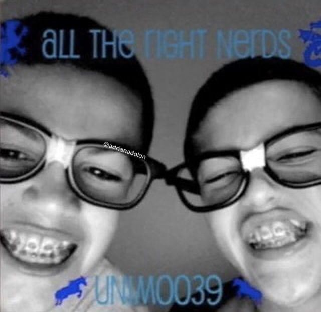 Wait They Had Braces No One Told Me This Dolan Twins En