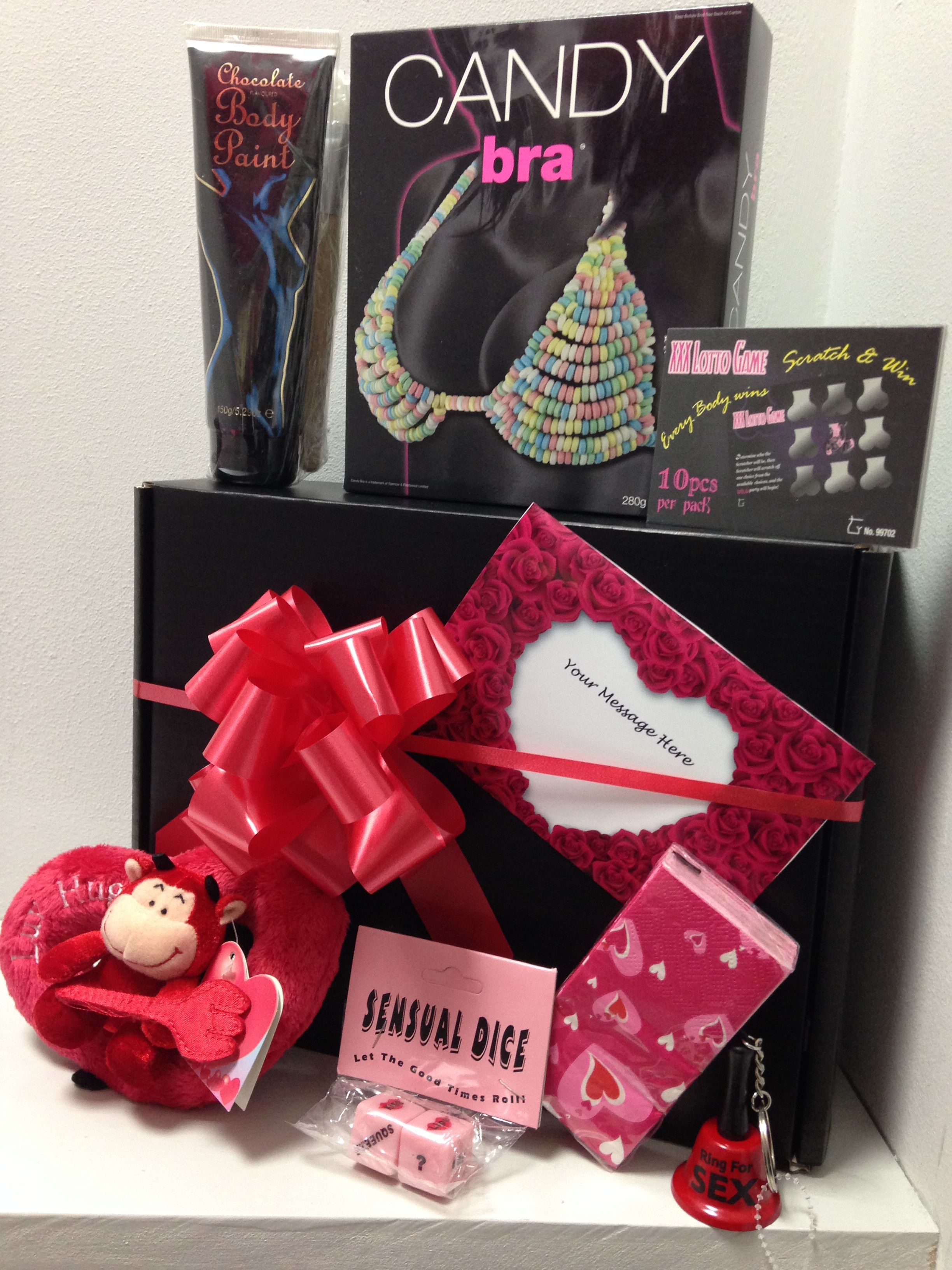 Sexy gift basket ideas for women