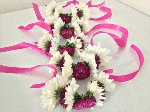 Fresh Flower Bangles Using Chrysantheum By Bridal Jewellery Bridalflowerjewelleryweebly