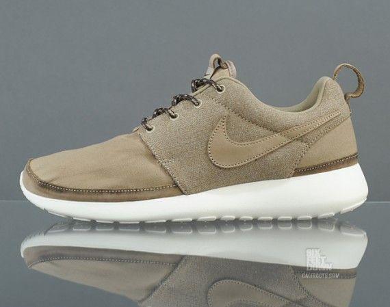 Nike Roshe Courir La Couleur Kaki Nrg Prime
