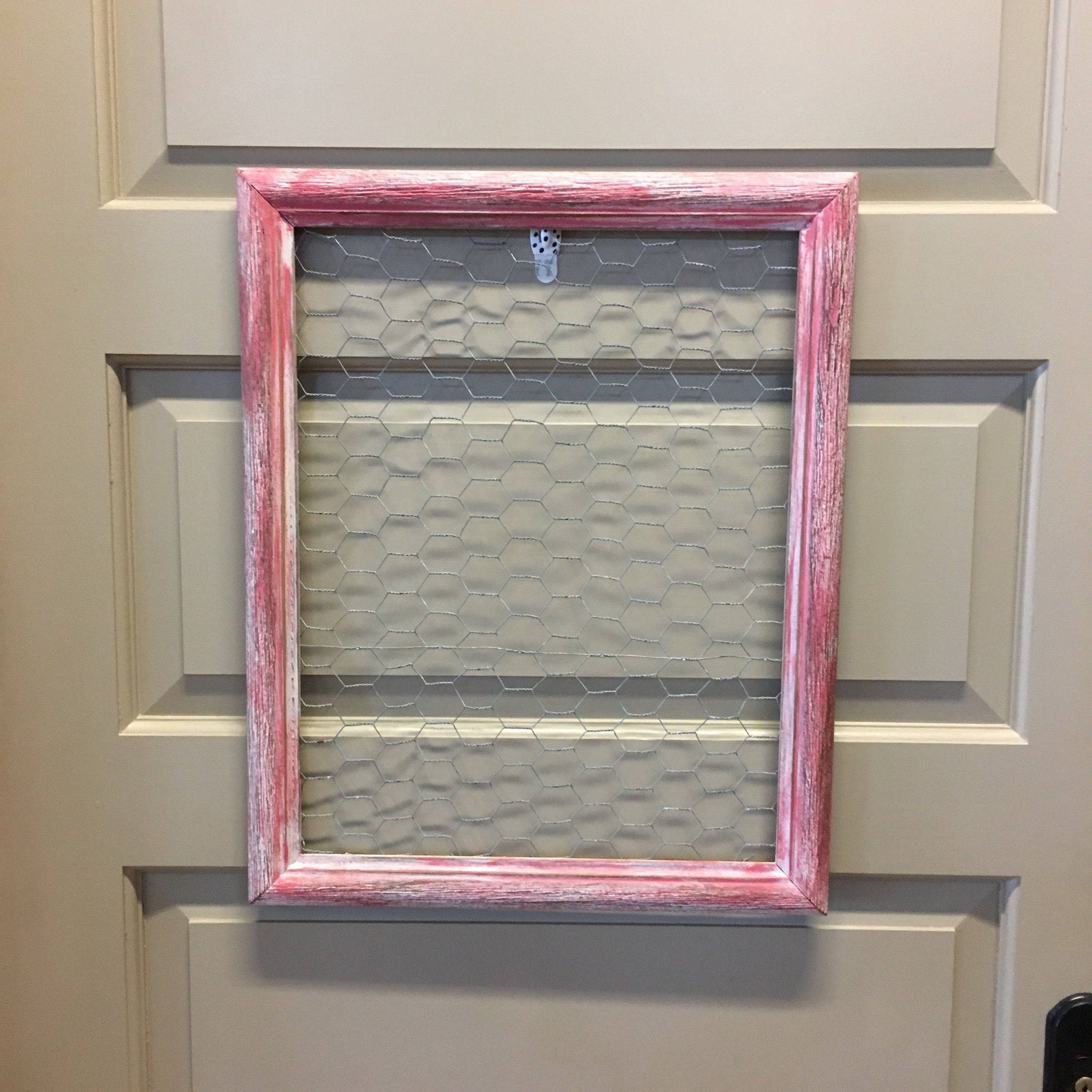 Pink & White Distressed Wood Frame Chicken Wire Jewelry Display Memo ...