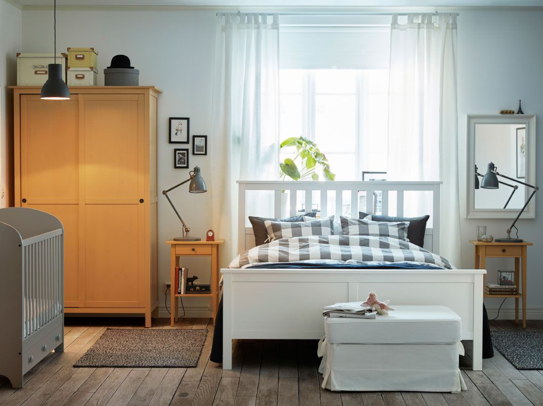 Ikea Küchenanrichte ~ The sofa bed is now set as a sofa and two foldable tables are set in