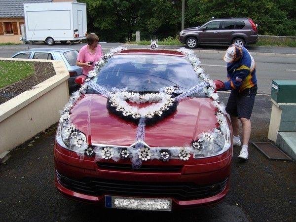 deco voiture mariage pinterest deco voiture deco voiture mariage et mariages. Black Bedroom Furniture Sets. Home Design Ideas