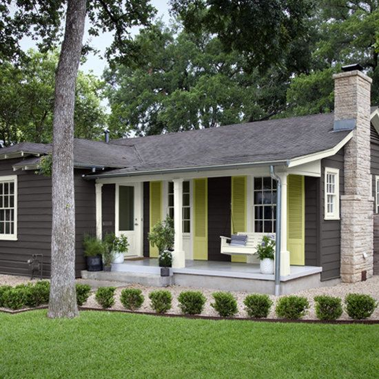 A 1930s texas cottage gets major curb appeal window for Before after exterior 1930