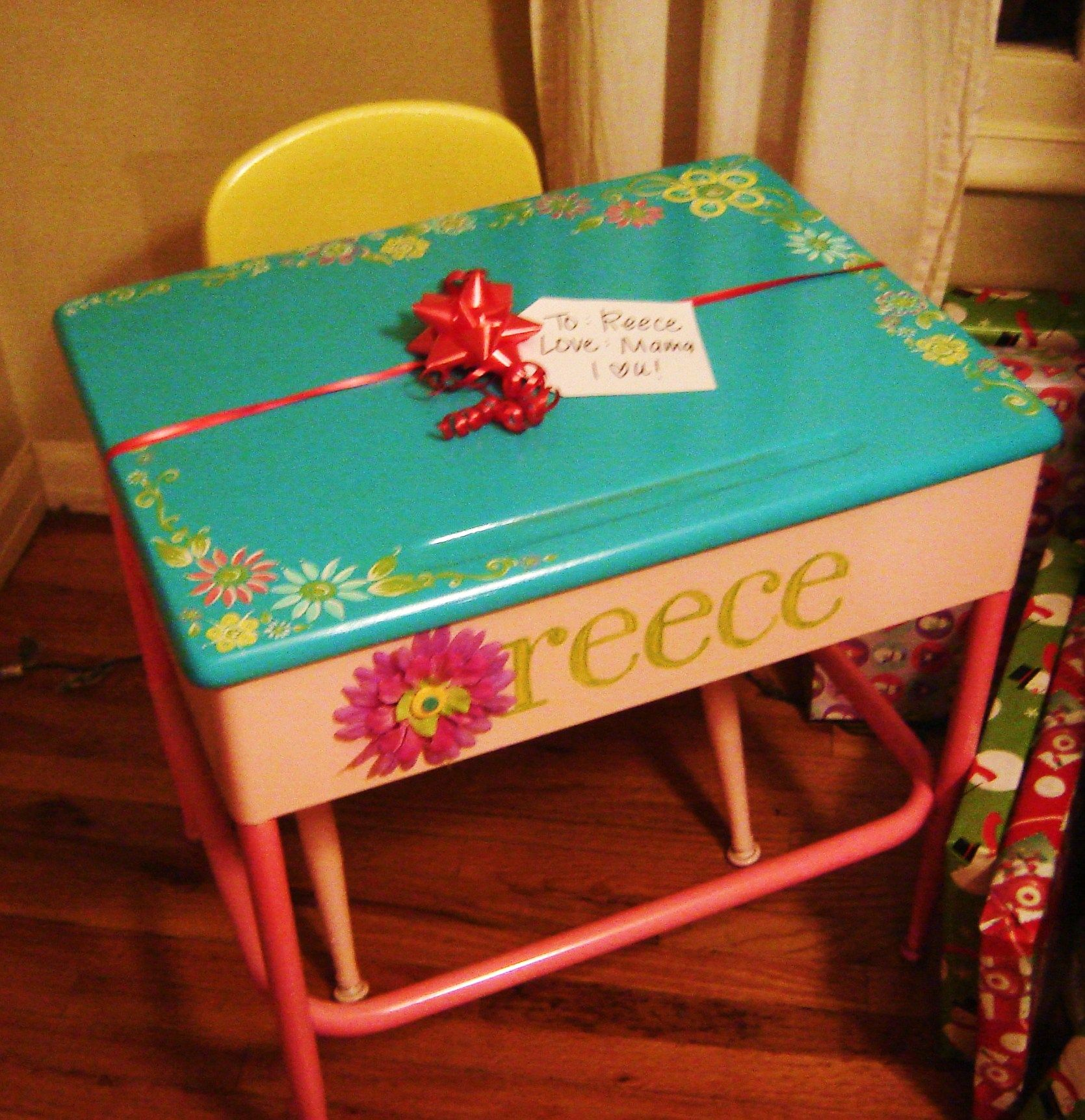 Thrift store desk and and chair Total redo for my daughter for