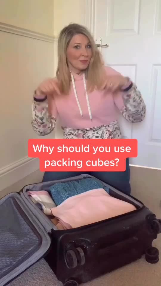How to pack with packing cubes? Travel tips. #packingcubes #traveltips #travelhacks