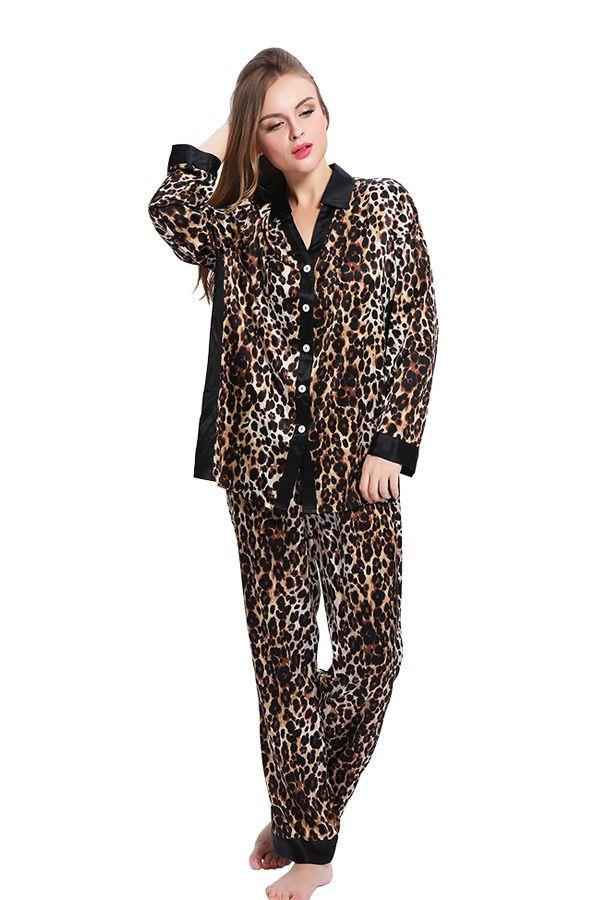 2edf7119f0e4c The #leopard #print #silk #pajamas reveals modern and sexy style ...