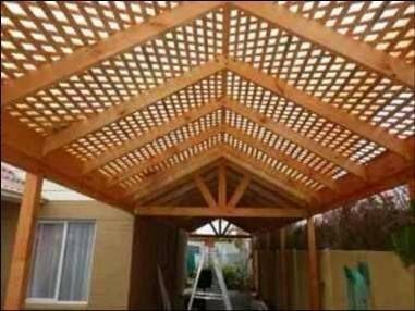 Cobertizo de madera buscar con google amazon cedro for Cobertizo de jardin moderno de techo plano