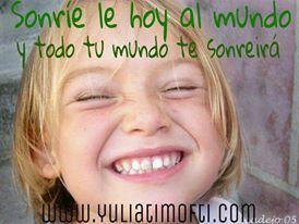 Tu sonrisa es el mayor regalo de los cielos, compártela con el mundo, muestra tu resplandor!!! #BuenosDias y #FelizLunes mis Grandezas!!!  #yuliatimofti #MujerExitosa #MujerFeliz #Coachingmujeres #autoconfianza #pazmental  #felicidad #autoestima #pazinterior #sonreir