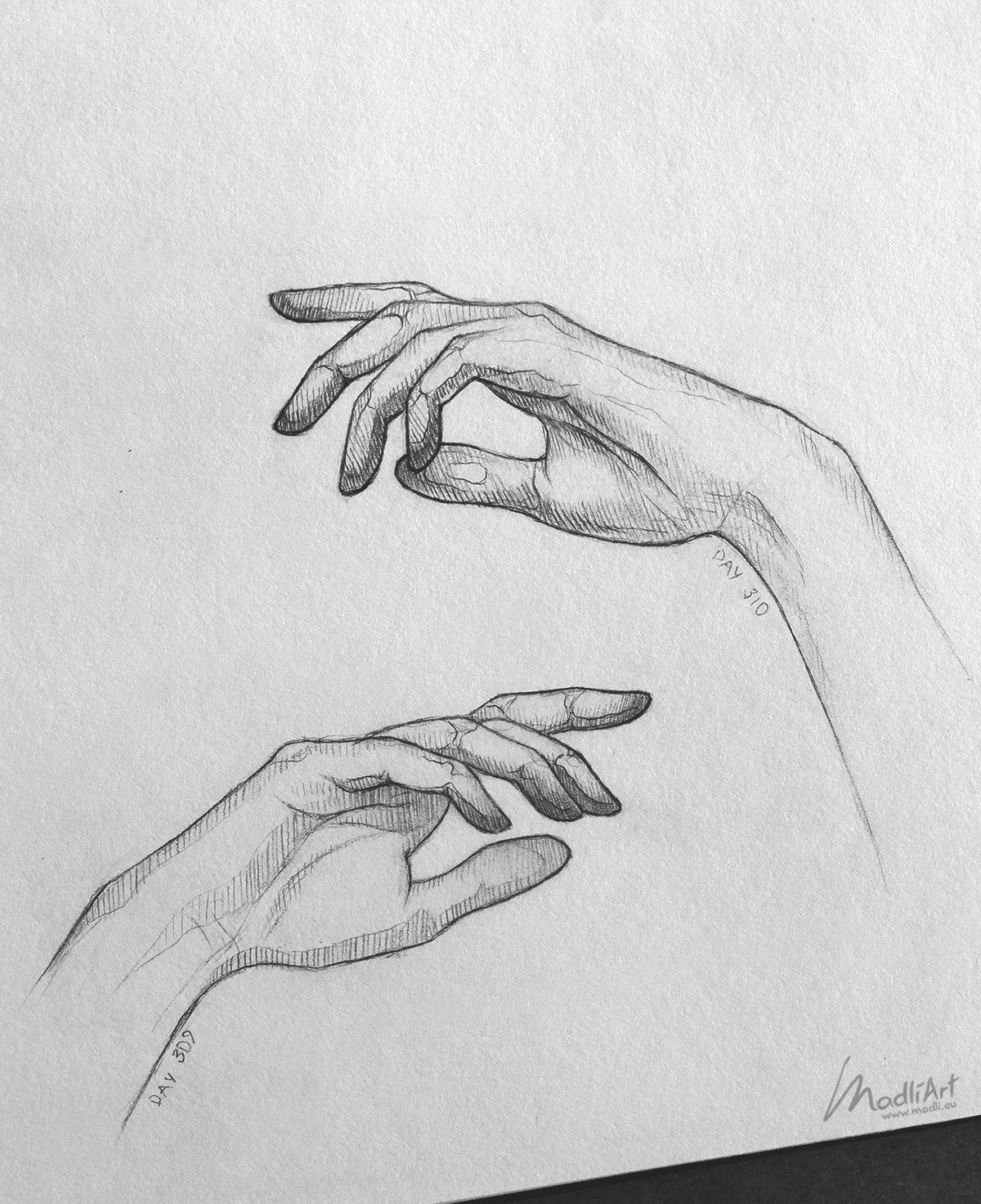 Sketchbook drawing of hands close up i pencil art idea i hand pose drawing realistic sketch anatomy study reference i madliart www madli eu