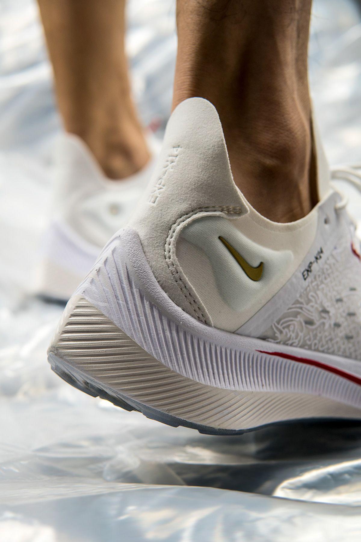 new product 18a8e 07194 BV0076-100,EXP-X14,Nike BV0076-100 入手难度不低!中国限定 Nike EXP-X14 CR7 上脚效果如何?