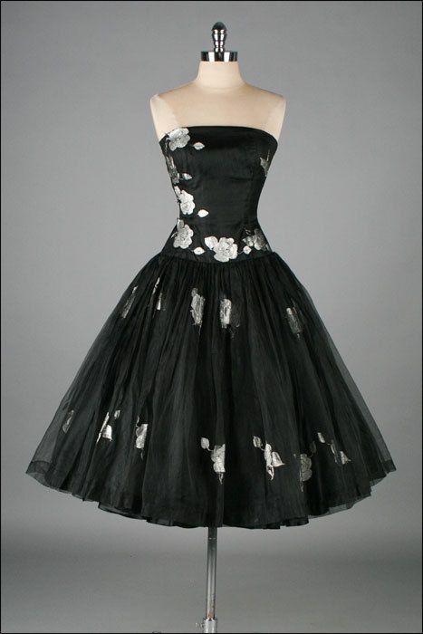 Vintage 1950s dress metallic floral black organza for Cocktail 222