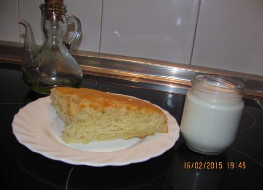 Bizcocho de yogur y requesón