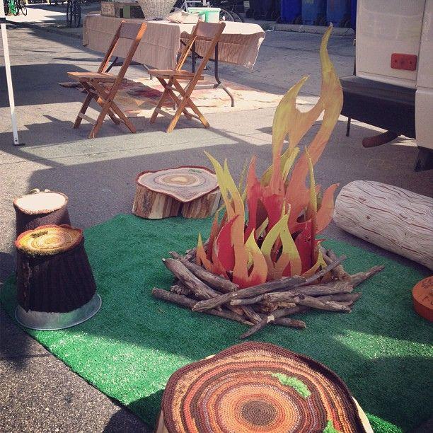 how to build a fake campfire