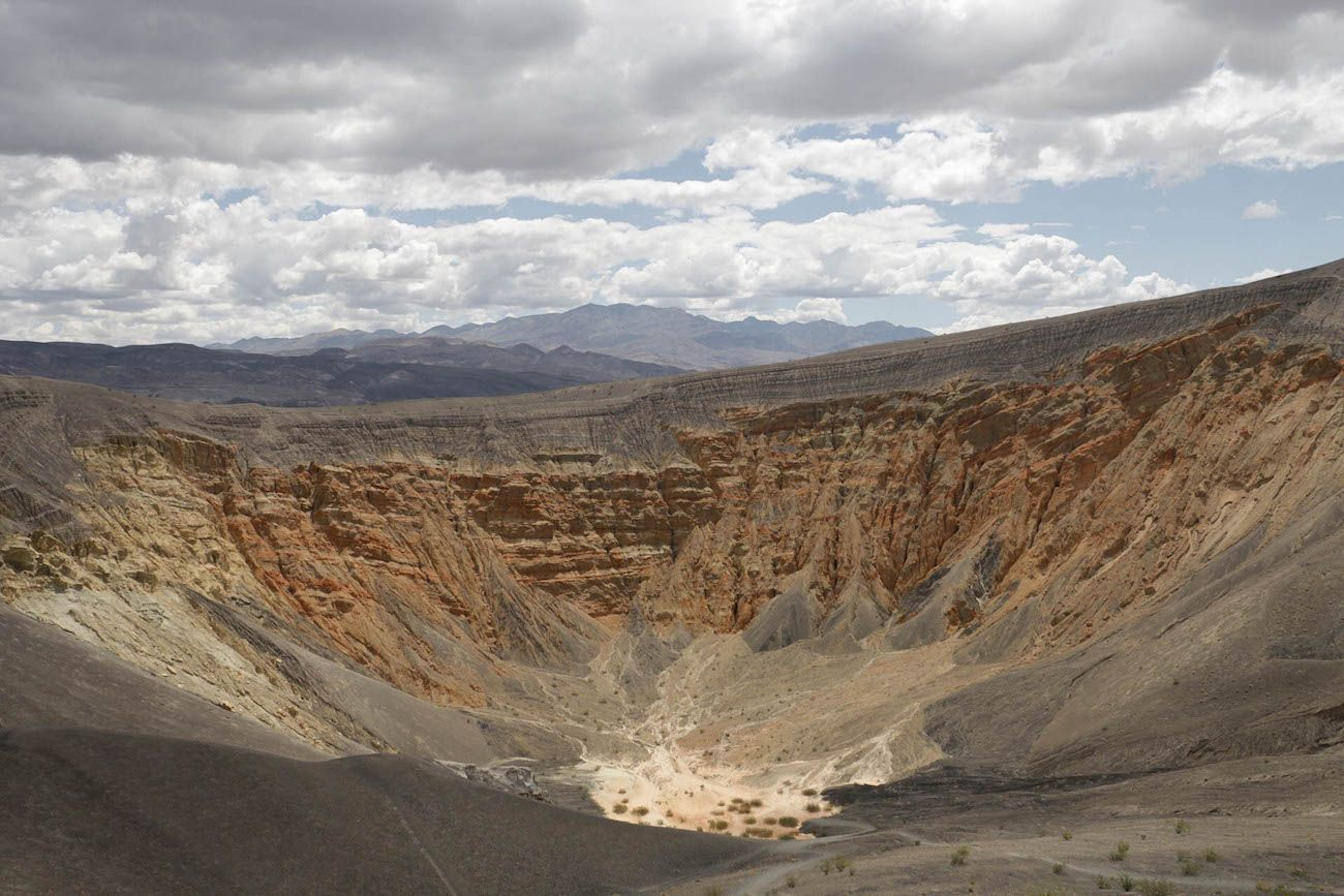 Death Valley Crater Experience the best attractions in Death Valley with this 3 day