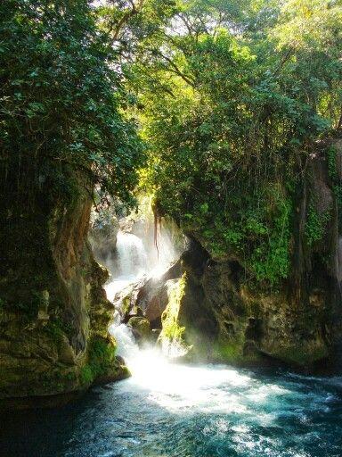 Hermosa cascada.