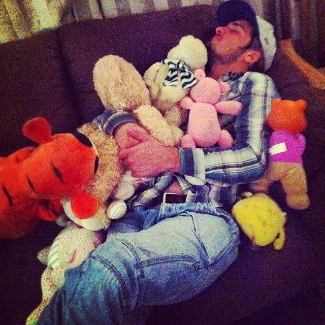 http://drunklyfe.com/nb-never-pass-out-at-a-house-party-drunktimes-bdaybash-funtimes-teddyoverload-drunklyfe/ - #Bdaybash, #Drunktimes, #Funtimes, #Teddyoverload