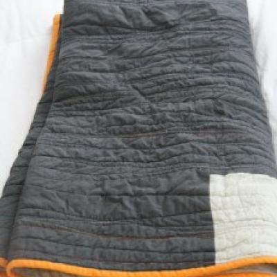 A modern quilt for beginners - If I ever have some extra time I'd ... : modern quilt tutorials - Adamdwight.com