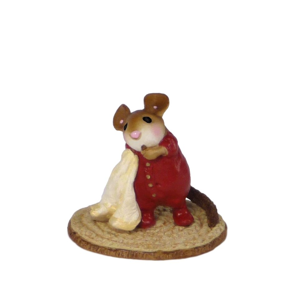 Precious Peanut   Mouse miniatures by Wee Forest Folk®