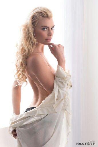 Sexty young nurse nude